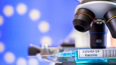 Vacuna de Sanofi y GSK arranca ensayo clínico en Colombia