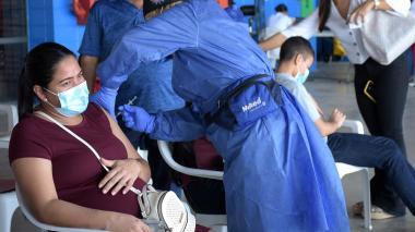 Más de 20 puntos se habilitaron en Barranquilla para jornada masiva de vacunación