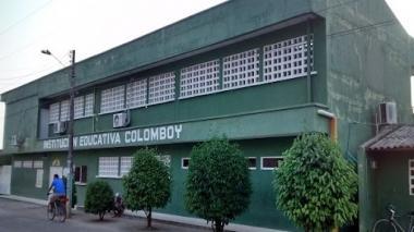 Reportan nuevos brotes de covid-19 en colegios de Córdoba