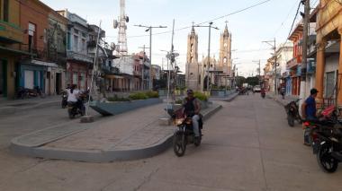 Restringen circulación de personas no vacunadas contra la covid en Sucre