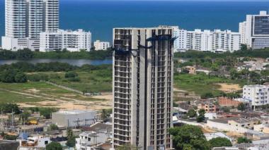 Superindustria presenta cargos contra constructores de Aquarela