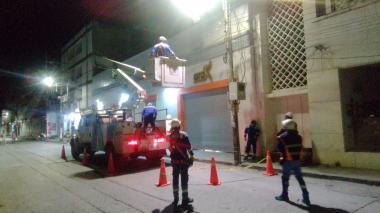 Air-e retiró 90 conexiones ilegales de  ventas informales en Santa Marta