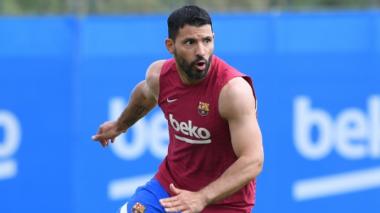 Sergio Agüero podría estar de baja con el Barcelona por varios meses