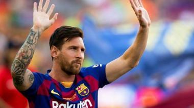 Aficionados del PSG esperan por Lionel Messi en Francia