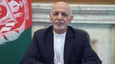 Presidente de Afganistán abandona el país ante el asedio talibán a Kabul