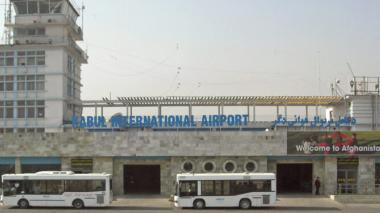 EE. UU. traslada al aeropuerto de Kabul a todo el personal de su embajada