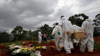 Brasil registra el menor número de muertes por covid desde noviembre