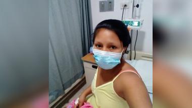 Familiares de mujer que dio a luz en la calle piden acciones de autoridades