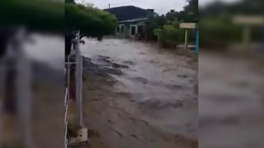 Alerta en Lorica por fuerte aguacero