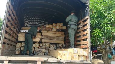 Millonario decomiso de madera ilegal en vías de Córdoba
