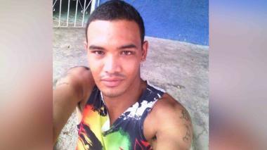 Asesinan de cuatro balazos a alias el Chino en el barrio El Carmen
