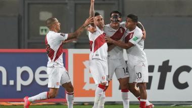 Perú derrotó a Venezuela y se metió en la pelear por ir al Mundial de Catar