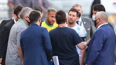Autoridades sanitarias interrumpen el juego entre Brasil y Argentina