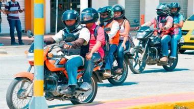 Prorrogan un año la prohibición de parrillero hombre en Santa Marta