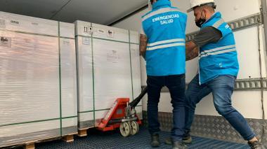 Llegan 2.097.600 dosis de vacunas de Sinovac al país