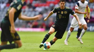 Lewandowski: Compito conmigo mismo, no con Messi y Cristiano
