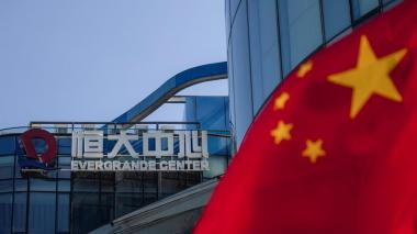 La china Evergrande se dispara en bolsa en una jornada clave