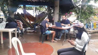 Jóvenes guajiros mantienen huelga de hambre