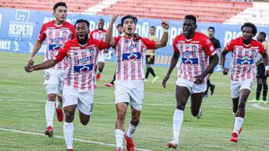"""""""El equipo entendió cómo debía jugar este partido"""": Arturo Reyes"""