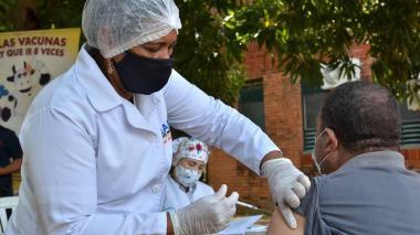 Ministerio de la Salud invita a festivaleros a vacunarse