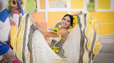 Fue elegida la  reina del Carnaval de la 44
