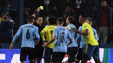 Juan Guillermo Cuadrado se salvó de la amarilla, pero no de la sanción