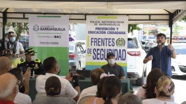 Fortalecen frente de seguridad en el barrio Los Trupillos