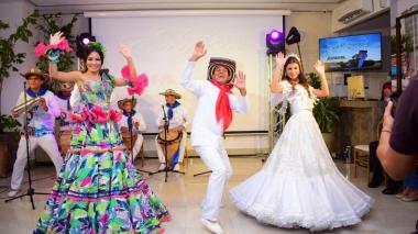 Checo Acosta rinde tributo a la Cumbia en su nuevo álbum
