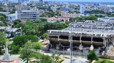En imágenes: Así fue la demolición del Humberto Perea