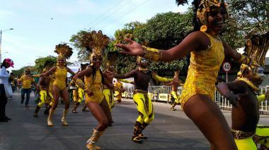 Los mejores momentos de la comparsas de fantasía y de tradiciónen la Gran Parada
