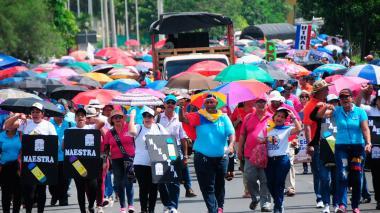 En imágenes | Así transcurrió la marcha de docentes en el Atlántico