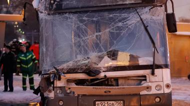 Las imágenes que deja el accidente en Moscú: 5 muertos