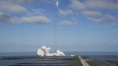 Así fue el lanzamiento del cohete Falcon Heavy de SpaceX