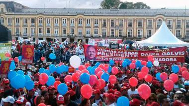Imágenes de los cierres de campañas de  Fajardo, De la Calle, Duque y Vargas en Bogotá