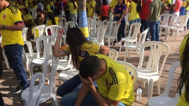 Aficionados de la Costa: hasta el último minuto animando a la Selección