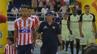 Imágenes del juego entre Junior y Nacional en el 'Metro'