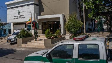 Así luce en la actualidad la estación de Policía en el barrio San José, un año después del atentado
