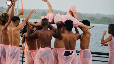 Así celebraron los barranquilleros la danza a orillas del río Magdalena