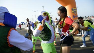 En imágenes | El Corre Corre Carnaval llenó de energía y alegría al Malecón