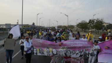 Así fue la marcha en la Circunvalar por el Día de la Mujer