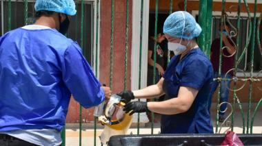 Casa a casa buscan detectar casos probables de COVID-19 en Barranquilla