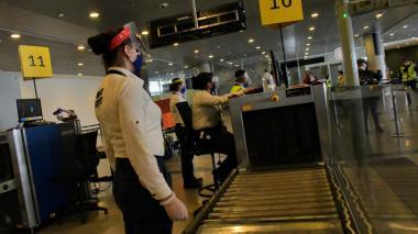 El Dorado activa protocolos para eventual reactivación de vuelos