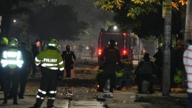 Imágenes de los bloqueos y enfrentamientos en la calle 17 de Barranquilla