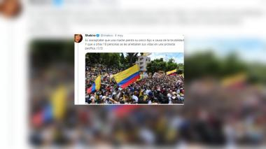 Deben los artistas Colombianos sentar su posición Política?