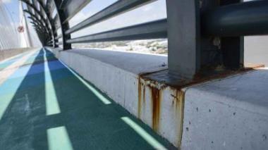 El puente descuidado