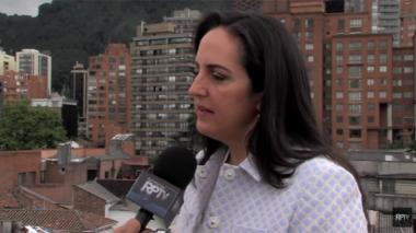 """""""Entiendo que lo pongo en situaciones incómodas (a Uribe) y le he pedido excusas"""": María Fernanda Cabal"""