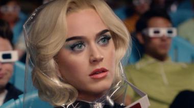 Katy Perry presenta video futurista de 'Chained to the Rhythm'
