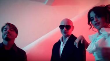 J Balvin, Pitbull y Camila Cabello en Hey Ma, de Rápido y Furioso 8