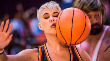 Katy Perry lanza video de 'Swish Swish' con estrellas de 'Game of Thrones' y 'Stranger Things'