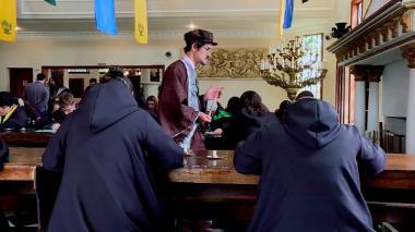 Esta es la escuela que da clases de magia a fans de Harry Potter